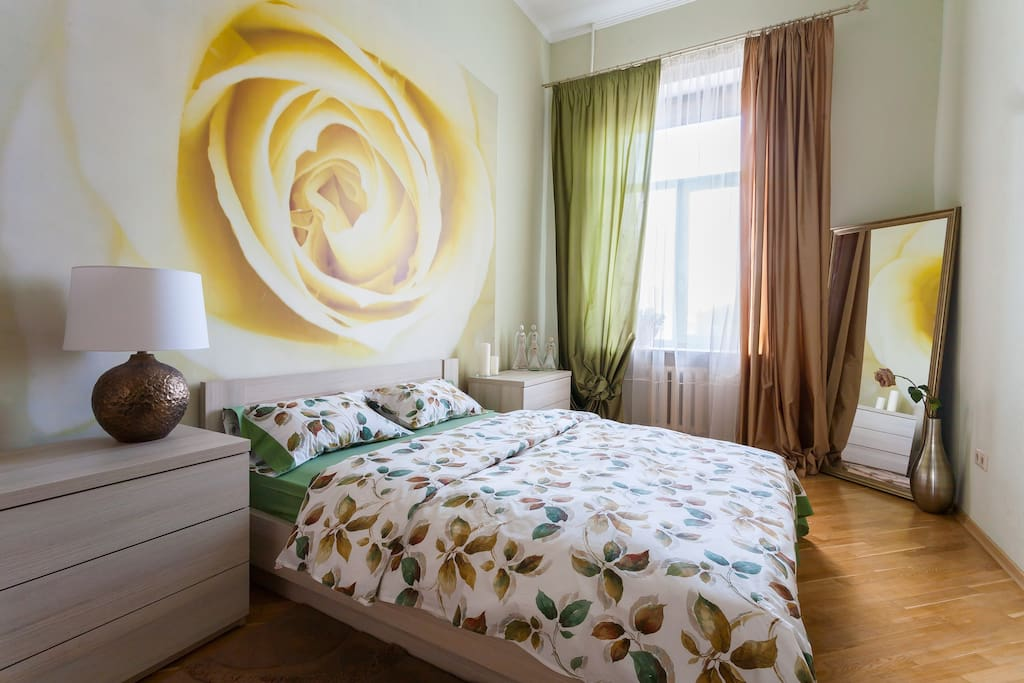 light and synny bedroom  светлая и солнечная спальня
