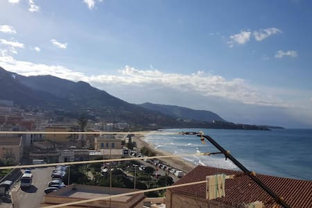 Sun and sea and relaxation - Cefalù - Huis