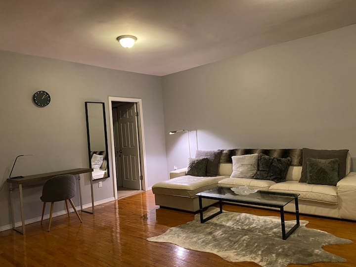 2BR ENTIRE APARTMENT IN WOOSTER SQUARE