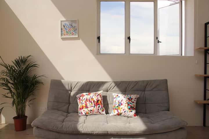 Cozy Loft: La Luz