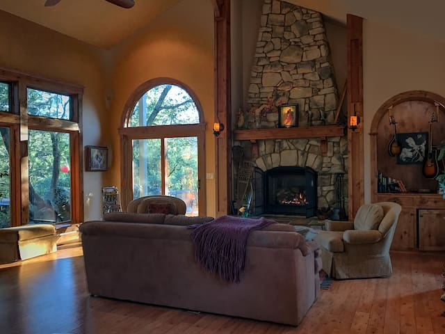 Completely Private Gated Retreat - Nevada City