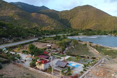 Villa Sandro el local más bello de Santigo de Cuba