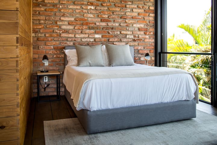 Relaxing and Comfortable Bedroom