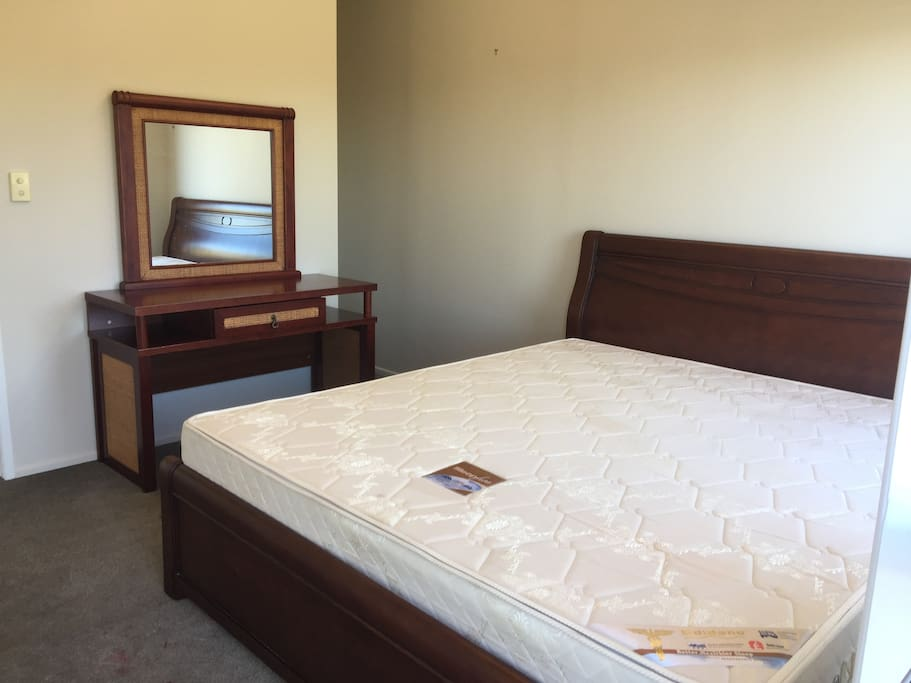 One large double bedroom with supper king size bed