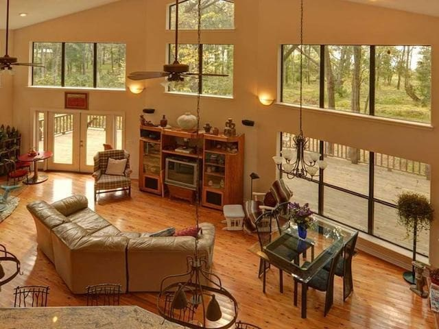 Best Little Lake House In Texas (Lake Fork Fun)