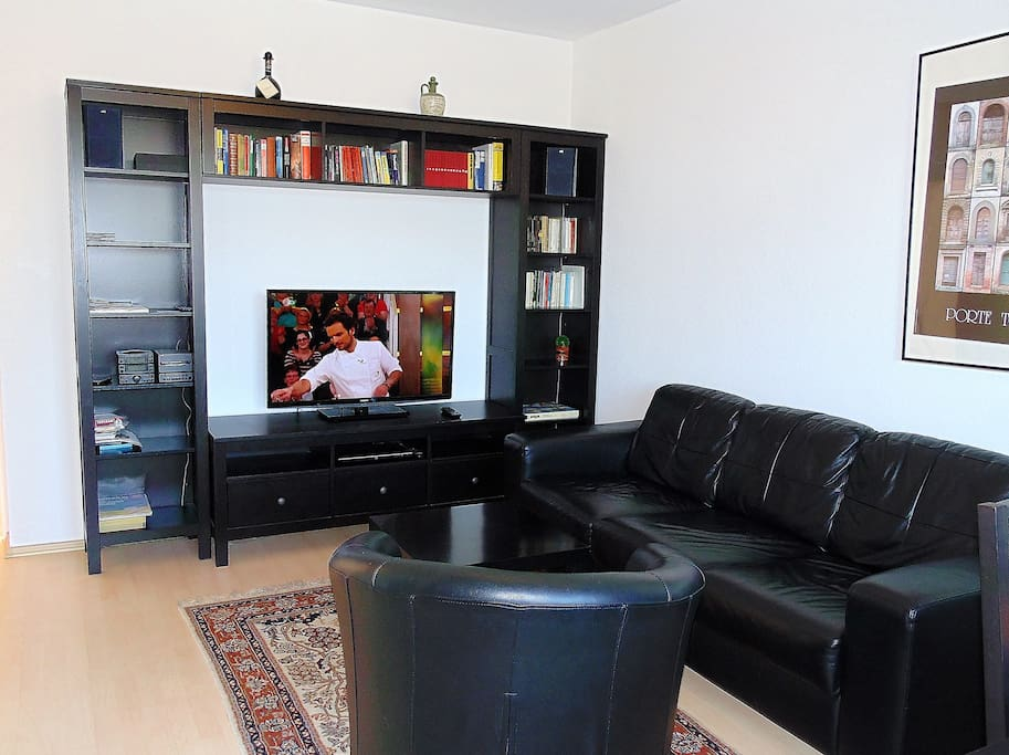 city apartments cologne apartment 2 apartments for rent in k ln nordrhein westfalen germany. Black Bedroom Furniture Sets. Home Design Ideas