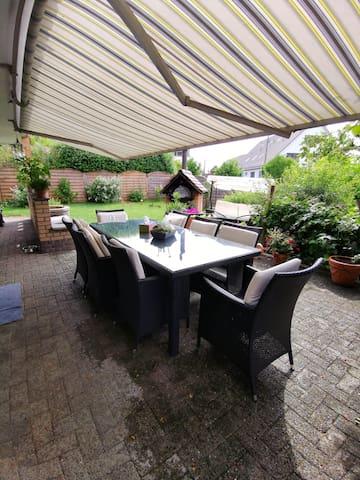 Wohlfühl - Oase in grossen Haus mit Garten, ruhig