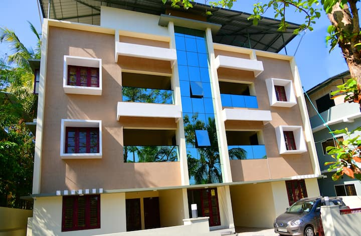 Athrakkattu Enclave  Luxury Single Room  for 1