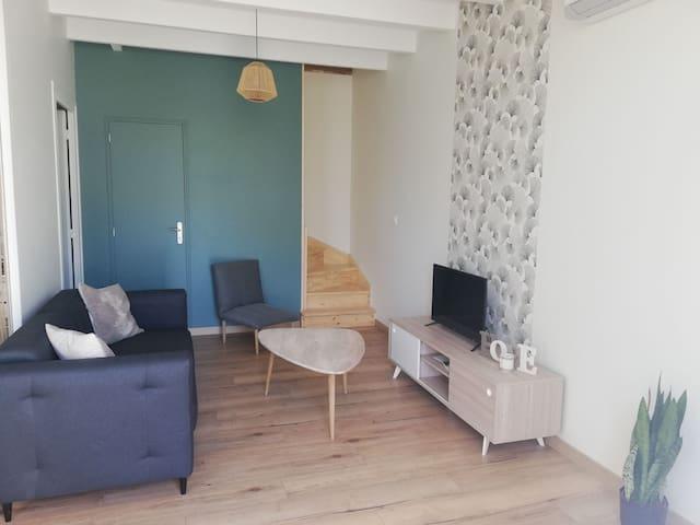 Petite maison très lumineuse