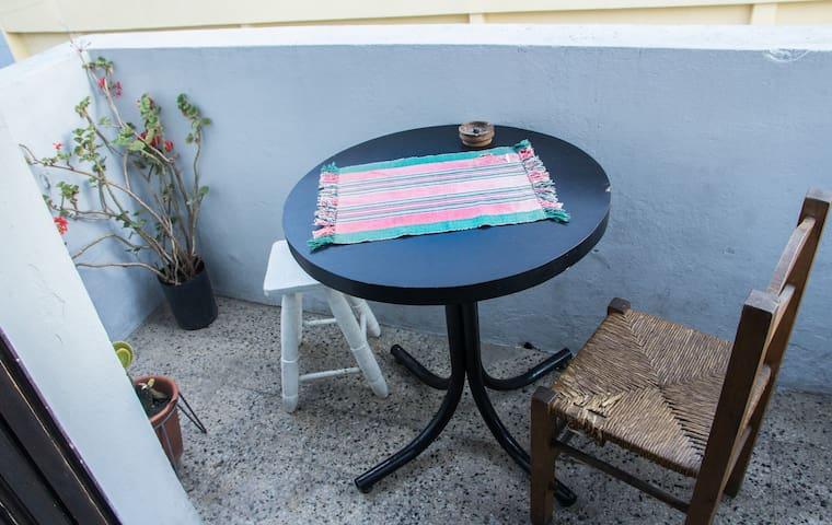 Habitación luminosa y con balcón en Almagro - Buenos Aires - Rumah