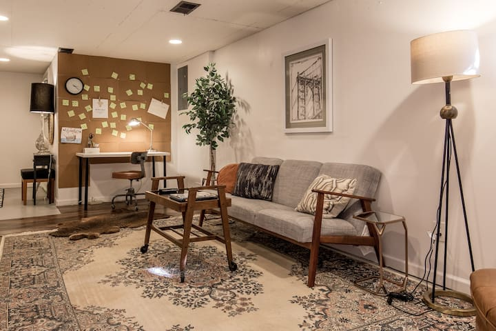 Charming Basement Apartment in South KC!