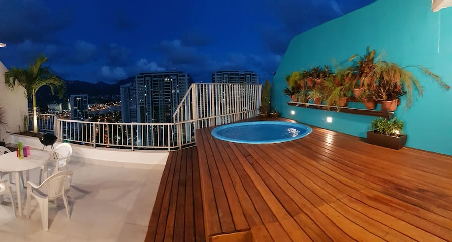 Duplex reformed penthouse: 3R and private pool
