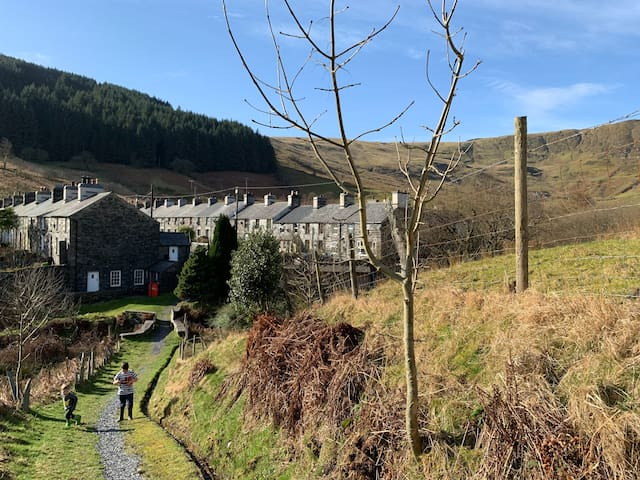Yr Hen Siop - 4 bed welsh cottage in Snowdonia