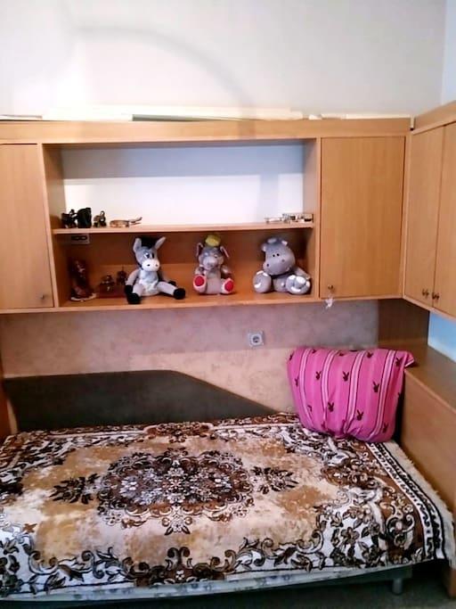 Отдельная комната в 3х-комнатной квартире