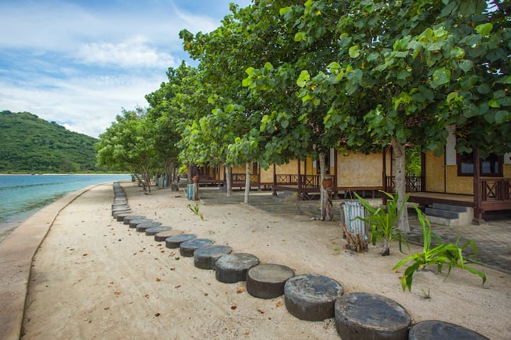 Private Island ☀ Beach Cabin with AC + 2m -> Beach