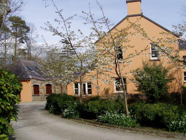 The Garden Retreat, Inish Beg Estate