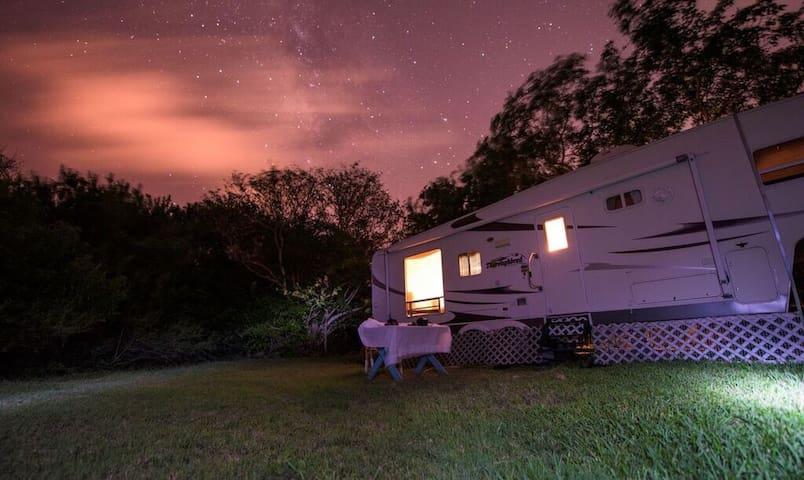 Secluded Mobile Home on Large Land - Big Pine Key - Casa