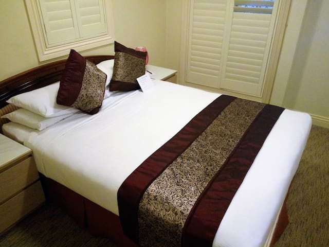 Private Room&Bathroom&Kitchen&Balcony From $489 pw