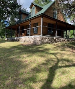 Swan River Mountain Home-next to the Wild Mile