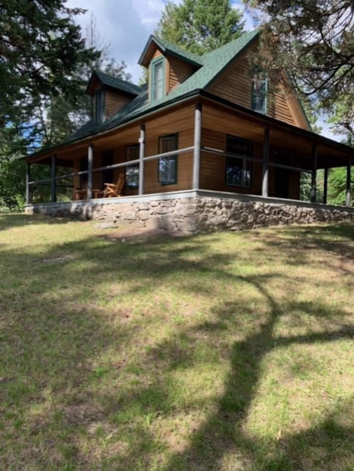 Swan River Mountain Home-next to the Wild Mile