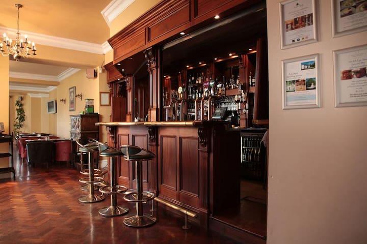Bar & Bar Menu