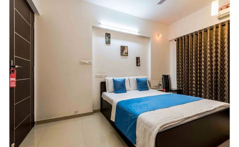 Vista 2BHK Ashiana Apartment - Mumbai - Flat