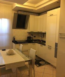 Appartamento piano terra - Limido Comasco - Huoneisto