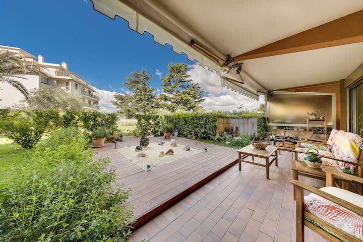 Le salon de jardin et son jardin Zen