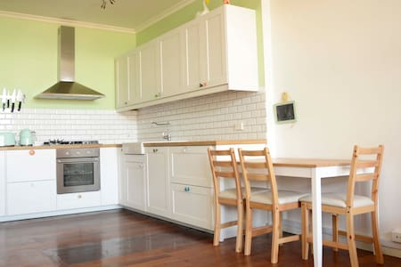Beachside apartment in the heart of South Freo - South Fremantle - Apartment