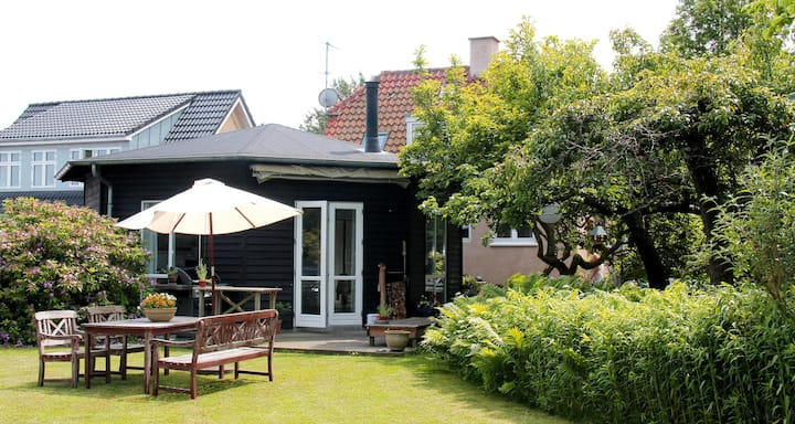 Holiday home for 6 people centrally located in Gilleleje just 300 m from the beach.