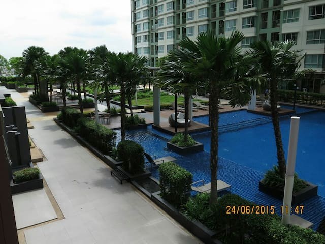 30sqm 1BR Nice View Windy Free wifi - Sathorn Road - Leilighet
