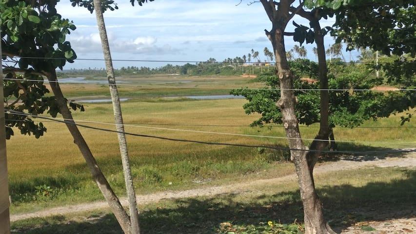 Lagoa, foto da janela do quarto principal.