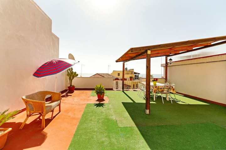 Best of Naxos ★ Terrace apartment 20m from the sea