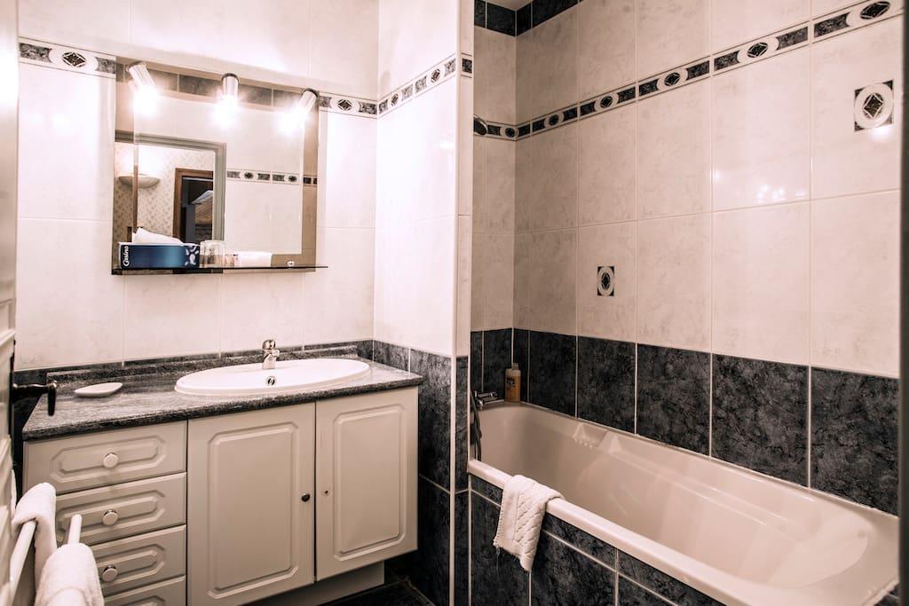 "Salle de bains ""Saphir"""
