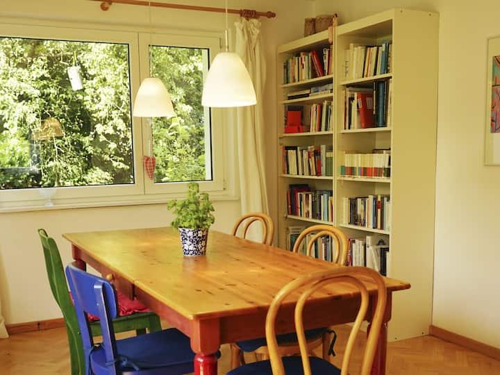 Ferienwohnung am Ehrenstetter Grund, (Ehrenkirchen), Ferienwohnung, 93qm, 2 Schlafzimmer, max. 4 Personen