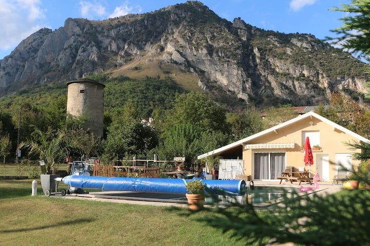 Cosy house in the earth of Pyrénées