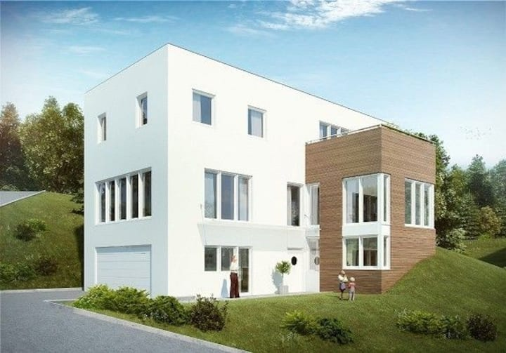 Funkishouse with 4 bedrooms. Only 10 min from Oslo