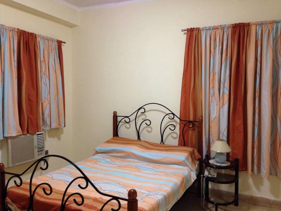 Habitación 2 (Bedroom 2)