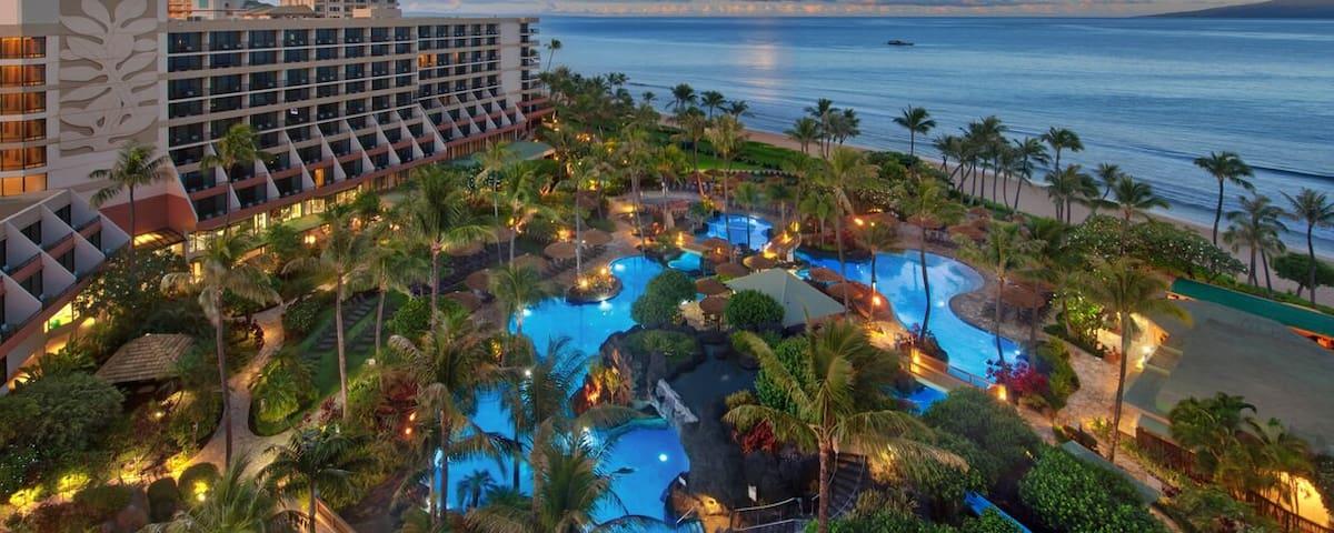 Marriott Maui Ocean Club- Oceanfront 1 Br, 2 bath
