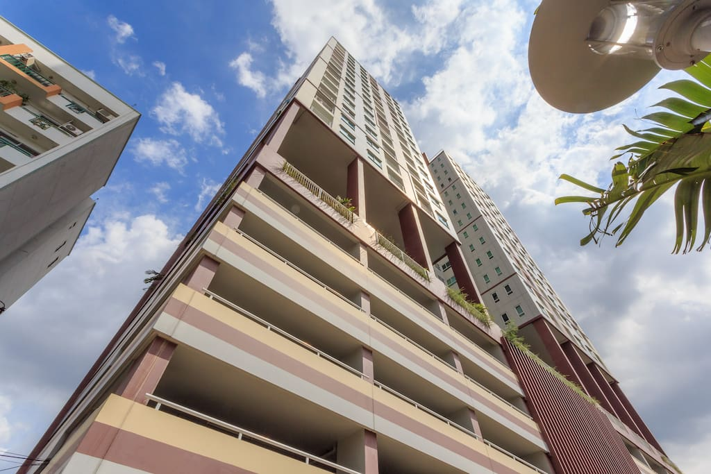 High-rise building (25-storey)