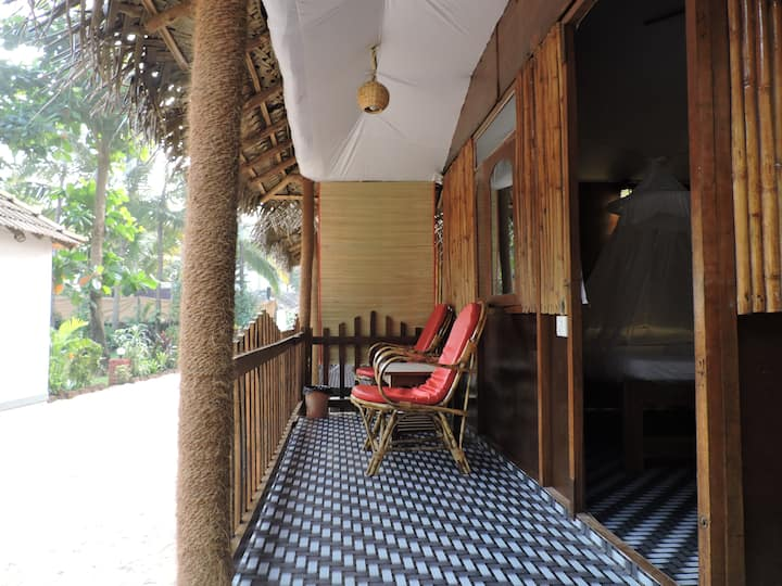 Garden View Eco-Cottage with Balcony at Agonda 2