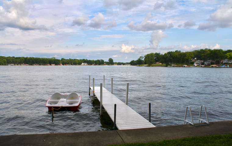Paradise on Hamilton Lake; 80 ft of lake frontage