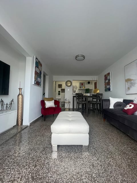 2nd Apartment near airport