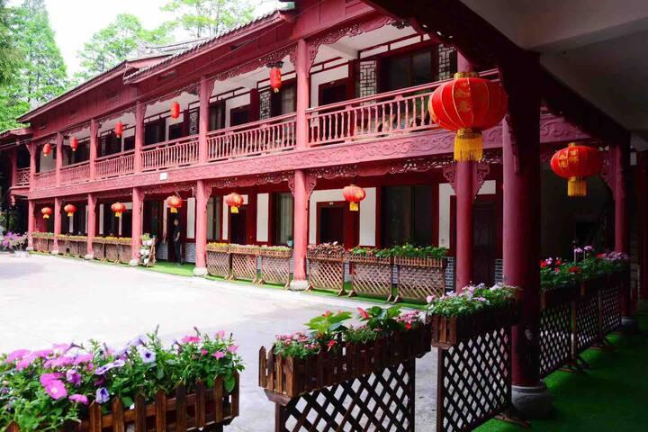 青城后山五龙精品度假山庄观景双床房