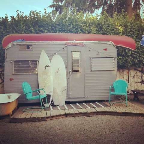 Camp Delightful at Willamette Bluffs