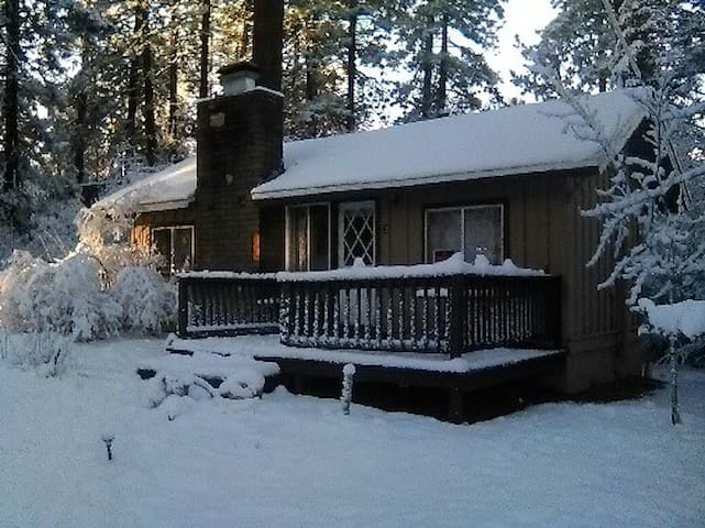 Walk To Big Bear Lake Village 2 bed