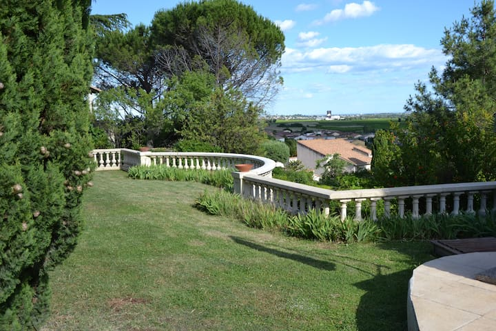 Cottage 210 m² - 8 pers - garden & swimmingpool - Saint-Georges-d'Orques - House