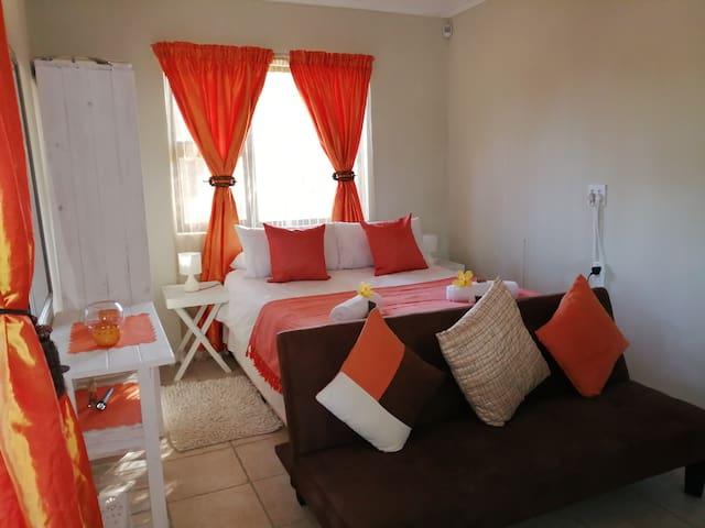 Orange Blossom Self-catering Flat