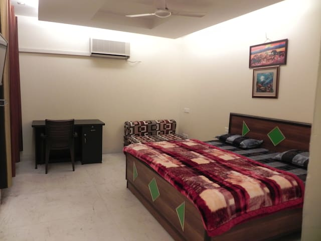 Executive AC Room with free Wifi