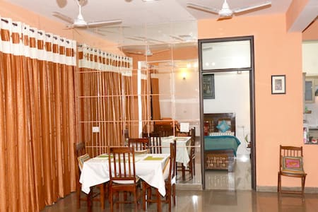 Taj view apt.—home away from home; all amenities